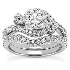 Three Stone Pear Shaped Diamond Bridal Set 2550