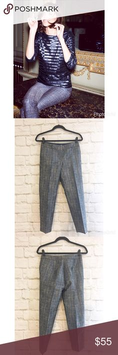 """Boden bistro crop trousers in metallic tweed So fun and perfect for dressing up when you don't want to wear a dress! Gorgeous metallic gold and blue threads make these pants look so luxurious! Pair with a cashmere sweater and wait for the compliments to roll in. Excellent pre-loved condition. This is a US size 2 petite. 14 1/2"""" waist 22 1/2"""" inseam. Boden Pants Ankle & Cropped"""