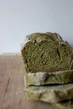 Pão de spirulina