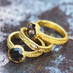Bague diamant brun, or mat et irrégulier, Esther Assouline pour l'Atelier des Bijoux Créateurs.