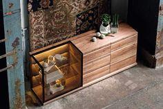 Vitrine en noyer haut de gamme et bahut design  #noyer #meublesnoyer #noyerdesign #meublehautdegamme #luxuryfurniture Loft, Unique Furniture, Sideboard, Double Vanity, Storage Chest, Drawers, Luxury, House, Home Decor