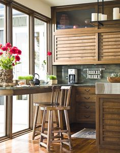 Kitchen inspired by Japanese cabinets.
