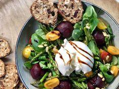 Luxe salade met burrata en balsamico dressing - Heerlijke Happen