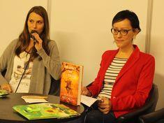 Spisovateľka Jana Benková si svoj sen ešte len vysníva, onedlho jej vyjde aj nová kniha - Akčné ženy Time Management, Coat, Jackets, Fashion, Down Jackets, Moda, Sewing Coat, Fashion Styles, Peacoats