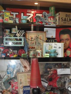 """""""Fifties inspiration"""" display at Gosforth Library"""