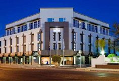 As the most luxurious hotel in the Northern Cape of South Africa, the four-star Protea Hotel Oasis in central Upington offers guests a truly memorable experience. Most Luxurious Hotels, Fine Hotels, Top Hotels, Hotel S, Interior Design Studio, Oasis, South Africa, Cape, Multi Story Building