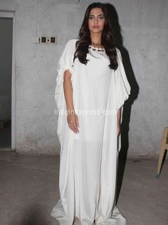 Sonam Kapoor at #Neerja screening. #Bollywood #Fashion #Style #Beauty #Hot