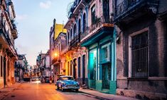 Old Havana, Cuba. The historic architecture, including a few of the vintage cars, captures the time capsule that is Cuba more than any other shot. Cuba Tourism, Cuba Travel, Solo Travel, Travel Tips, Barack Obama, Best Places To Travel, Places To Go, Maui, The Journey