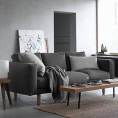 Softa som du vill i nya stilrena #NORSBORG. Soffan finns i en mängd olika kombinationer och storlekar, liksom i flera färger och med tvättbar klädsel. Som gjord för skönt häng med nära och kära, alltså. Och det med tio års garanti. I alla fall på soffan...
