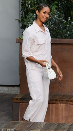 ae8588ba9a45 Leona Lewis oozes springtime fresh in a light pink jumpsuit in LA