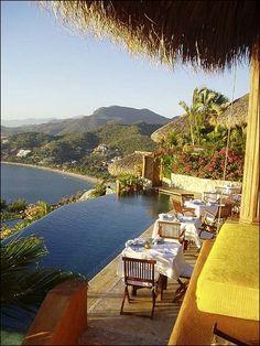 Amuleto Resort, Ixtapa Zihuatanejo, Mexico