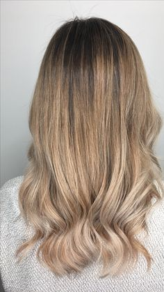 Blonde balayage highlight ombré by Becky at  Dallas Roberts Salon in West Jordan, Utah #801 #slc #slchair #westjordan #801hair #utah #wella #wellalife #utahstylist #utahsbest #behindthechair #americansalon #hairnerds #modernsalon #hair #bangstyle #kevinmurphy #dallasrobertssalon #drsbalayage