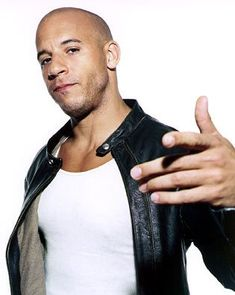 Vin Diesel was offered his first acting role after he broke into a NYC theater with intentions of vandalizing it. Norman Jean Roy, Dominic Toretto, Jason Statham, Hollywood Actor, Hollywood Actresses, Vin Diesel, Hot Actors, Clint Eastwood, Gorgeous Men