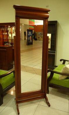 2 esquineros 2 libreros sencillos 1 centro de for Espejo pie madera