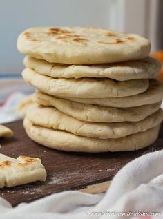 Kochen mit Diana/ Cooking with Diana: Pita-Brot/ Pita bread