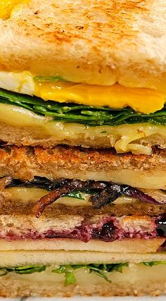 Sweet Fontina & Apple Grilled Cheese