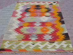 VINTAGE Turkish Kilim Rug Carpet Handwoven Kelim by sofART on Etsy, $299.00