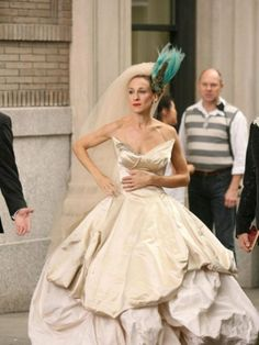 Carrie Bradshaw's best outfits from 'Sex and the City' – Fashion Style Magazine - Page 24