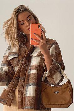 @sarahjane.stevens Spring Bags, Prada Bag, Style Icons, Cosy, Fitness, Spring Purses, Prada Handbags