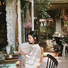 [End] when cool boy falling in love with trouble maker # Fiksi penggemar # amreading # books # wattpad Indie Fashion, Korean Fashion, Asian Woman, Asian Girl, Asian Boys, Son Hwamin, Hwa Min, Shot Hair Styles, Ulzzang Korean Girl