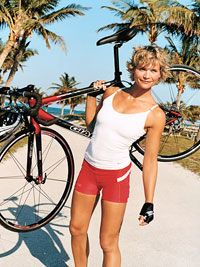 CALORIE-BLASTING, BUTT-BOOSTING CYCLING WORKOUT - I LOVE SPINNING THIS IS AWESOME!!!!