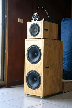 DA & T speaker