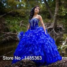 Resultado de imagem para vestidos de festa de  15  azul