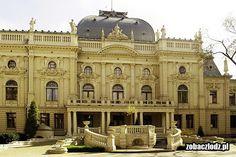 Łódź - Pałac Izraela Poznańskiego. House Facades, Facade House, Monuments, Baroque Architecture, Chateaus, The Beautiful Country, Town Hall, Fairytale, Medieval
