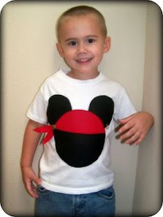 DIY Mickey Pirate shirt - for the boys to wear to the pirate boutique