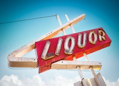 A to Z Liquor by Marc Shur on 500px