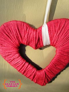 Yarn Heart {DIY}