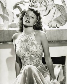 Rita Hayworth.......wouldn't it be nice to see this sexy elegance return...........So many could learn so much from the past!