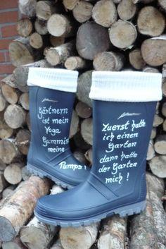 So macht Gartenarbeit doppelt so viel Spass....Garten- Gummistiefel - neu !!!Größe 40 - von Annegret Lindhorst zu finden auf DaWanda.com