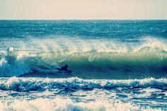 Check out our Surf clothing here! http://ift.tt/1T8lUJC A natureza intrínseca do ser é aventureira.  Com efeito só por meio do perigo que é possível atingir a maturidade. Uma vez provado os prazeres da liberdade e do destemor nunca se arrependerás pois saberás o que significa viver intensamente desregradamente e um único instante dessa intensidade já é tão gratificante do que toda uma eternidade vivendo uma vida medíocre.  The intrinsic nature of being is adventurous. Indeed only by the…