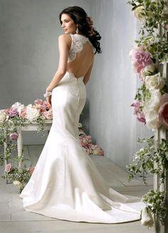 23 Elegant and Glamorous Wedding Dresses