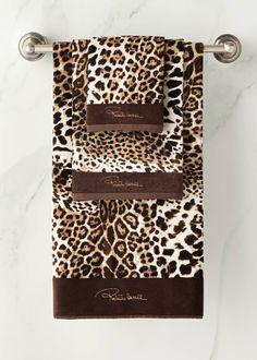 Roberto Cavalli Bravo Guest Towel and Matching Items & Matching Items Animal Print Bathroom, Animal Print Decor, Animal Print Fashion, Animal Prints, Leopard Print Bathroom, Leopard Fashion, Leopard Outfits, Animal Print Furniture, Motif Leopard
