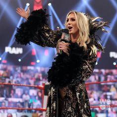 Charlotte Flair, Charlotte Wwe, Japan Pro Wrestling, Women's Wrestling, Sheamus, Female Wrestlers, The Championship, Wwe World, Wwe Photos