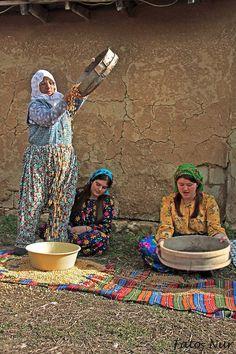 We Are The World, People Around The World, Around The Worlds, Turkey Culture, Naher Osten, Turkish People, Street Portrait, Turkish Art, Working People