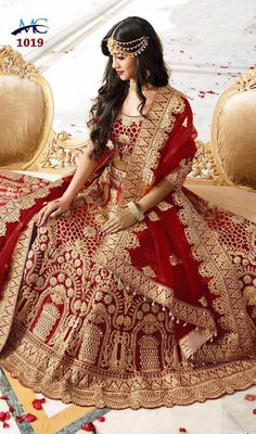 Looking for bridal lehenga online? Choose form the latest range of beautiful Bridal lehengas for women from Andaaz Fashion UK. Buy Indian lehenga choli for bride at best price range. Designer Bridal Lehenga, Pakistani Bridal Lehenga, Indian Wedding Lehenga, Indian Bridal Outfits, Indian Bridal Fashion, Indian Bridal Wear, Bridal Wedding Dresses, Wedding Wear, Backless Wedding