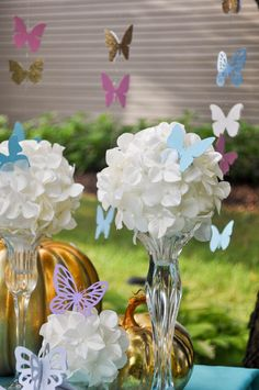 Gorgeous Cinderella Party Ideas inspired by the new Cinderella movie! Butterflies, Gold Carriages, Cake Toppers, & more! Cinderella Sweet 16, Cinderella Baby Shower, Cinderella Theme, Cinderella Birthday, Princess Birthday, Cinderella Quinceanera Themes, Quinceanera Party, Cinderella Party Decorations, Cinderella Centerpiece