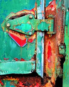 ⇜ Rust Lust ⇝ rusted metal with gorgeous patina - Peeling Paint, Rusty Metal, Art Abstrait, Old Doors, Textures Patterns, Color Inspiration, Artwork, Painting, Beautiful