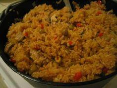 Recipes typical kitchen: Arroz con Pollo (Panamanian style)