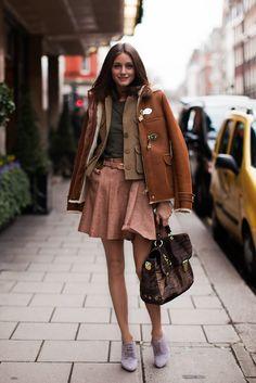 a pair and a spare . diy fashion: DIY Full Mini Skirt