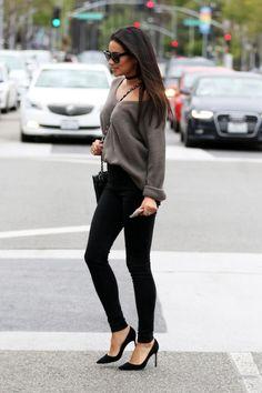 -Simple -Color -Sunglasses -Leggings -Pointy Black Heels