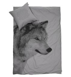 Be inspired with this beautiful bedlinen from By Nord. Duvet Cover in stonewashed Eco-Tex certified 100% cotton with digital b/w prints of a Wolf. The pillowcase has reversible text in English and Danish. Both bedlinen and pillowcase are available in different sizes...