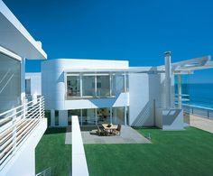 NCMH Modernist Masters Gallery – Southern California Beach House – Richard Meier.