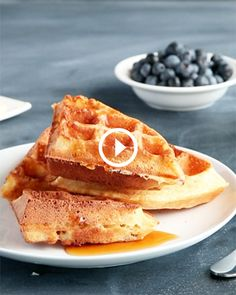 How to Make Crispy, Fluffy Waffles