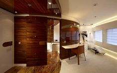 YACHT INTERIOR: Beautiful Doors