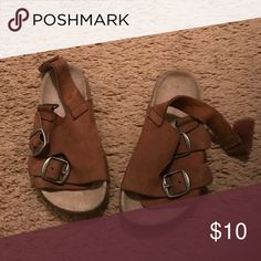 Brown sandals for toddler boy Slide in sandals with 2 buckles on one side of each shoe and Velcro behind the ankle. Zara Shoes Sandals & Flip Flops