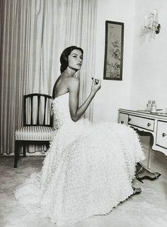 "Gisele Bundchen  ""Maria Callas""  Harper's Bazaar US, May 1999  Photos by Terry Richardson"